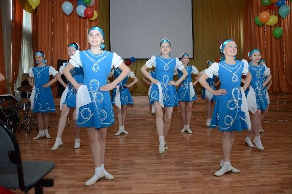 organizator-koncerta--rukovoditel-horeograficheskogo-kollektiva-luchinushka-romanova-marina-aleksandrovna-002.jpg