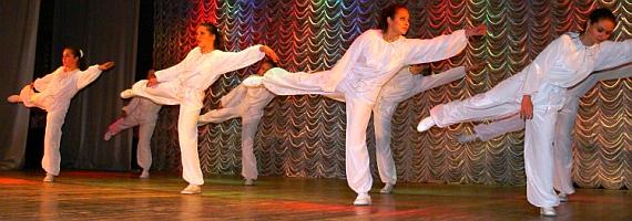 Школа танцев в Москве - студия танца - танцевально-хореографический коллектив Лучинушка -www.mfest.ru