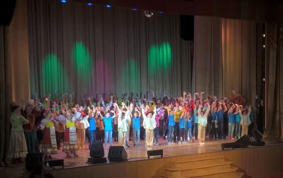 sostoyalsya-otchetnyj-koncert-2019-luchinushka.jpg