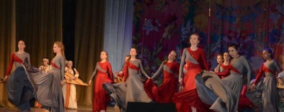 sovremennyj-tanec-luxhinushka-horeografiya-strogino.jpg