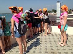 Мы купались и Жемчужина России мы поехали на экскурсии по городу